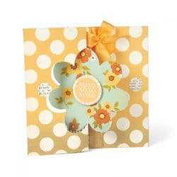 657589 - Sizzix Movers & Shapers L Die - Card, Flower Flip-its by Stephanie Barnard