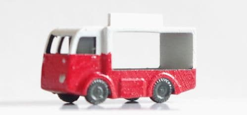 Arch Laser A3D0005 N Gauge NCB Milk Float (cab doors) painted (red) (1)