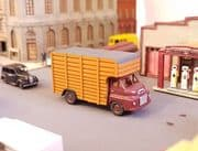 Arch Laser A3D0043 N Gauge Bedford S Cattle Lorry (maroon)