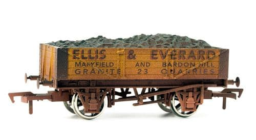 Dapol B883W  4 Plank Wagon Ellis & Everard Weathered