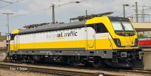 Fleischmann 738902 Swiss Rail Traffic Re487 Traxx3 Electric Locomotive VI