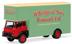 Hornby Skale Autos R7015 W. Briggs & Sons Removals Ltd Pantechnicon
