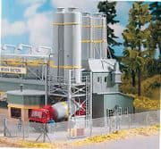 Piko 61131 - HO / OO Scales Cement Works Silo