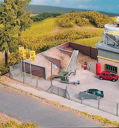 Piko 61132 - HO / OO Scales Cement Works Sand Bunkers