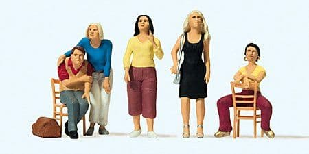 Preiser 65361 O Scale - Sitting and Standing People