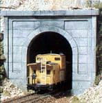 WC1152 Woodland Scenics: N Scale Concrete Single (2 ea.)