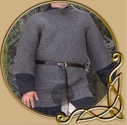 Chainmail Haubergeon, flatring/wedge rivets