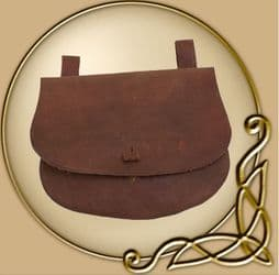 Leather bag with belt loops, curved shape